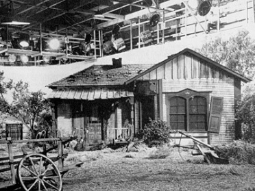 green_acres_set_at_general_service_studios